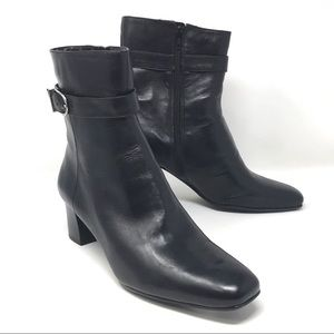 Bandolino Dannell Black Leather Ankle Boots NWOB